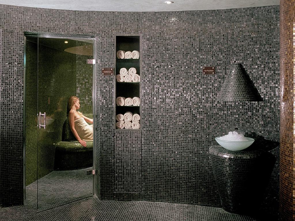 Bagno Con Mosaico Bisazza : Arredo bagno mosaico beautiful guidotti gino figlio srl vendita